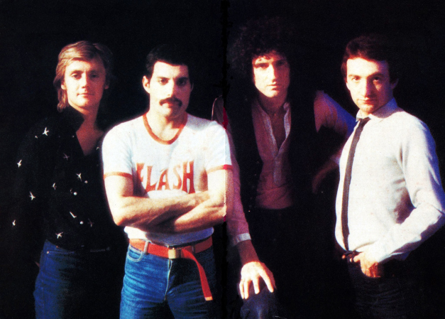queen_on_the_set_of_the_play_the_game_promotional_video_photo_by_chris_hopper__1_.jpg