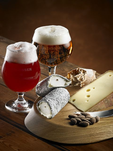 beer_and_cheese_photo_courtesy_of_carlsberg_dk_.jpg